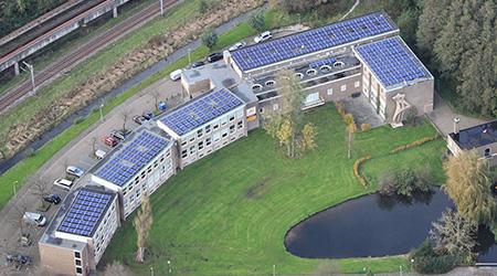 Zakelijk zonnepanelen project De Bedrijvige Bij